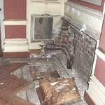 Schäden im kleinen Saal
