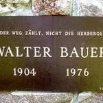 Walter Bauers Gedenkstein