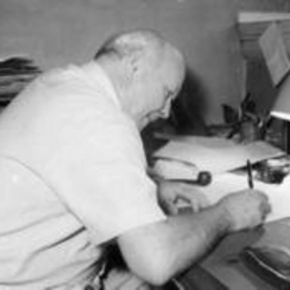 walter bauer beim schreiben